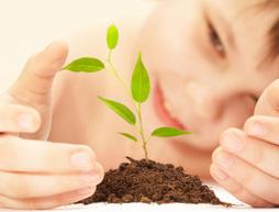 kid_gardening